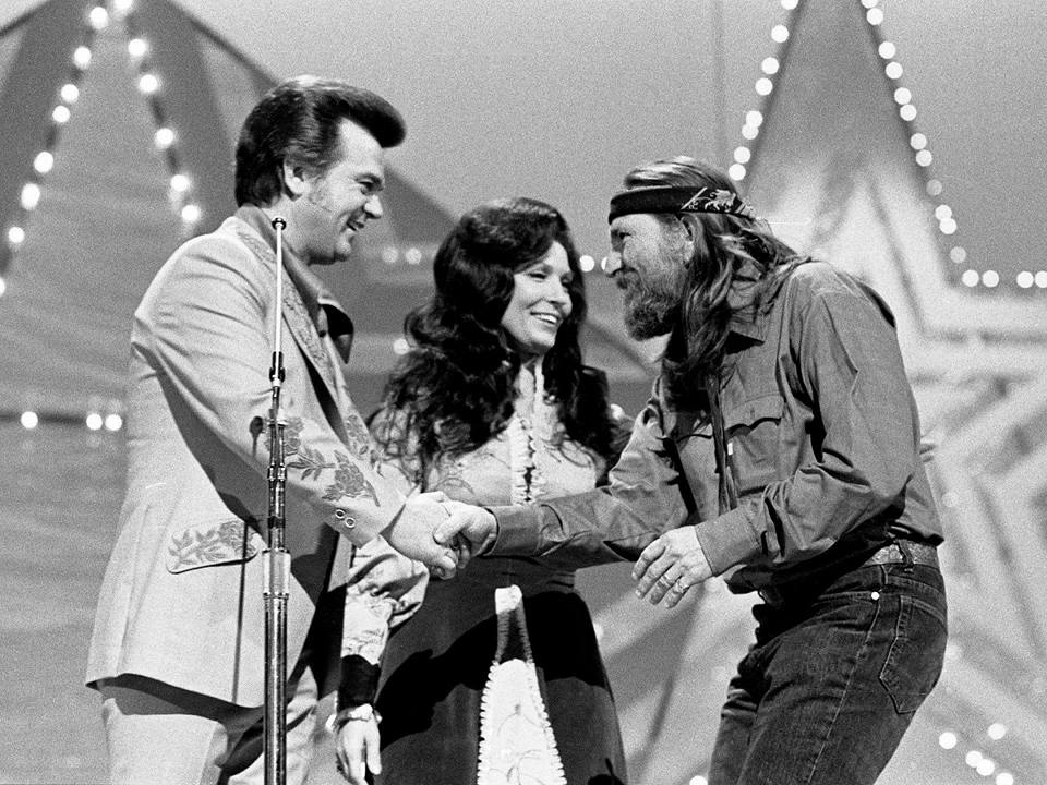 loretta lynn willie nelson conway twitty black and white