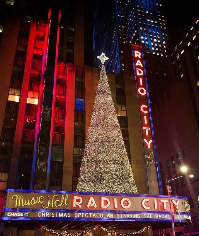 Lighting Of The Rockefeller Christmas Tree 2014: Get The First Look At The 2019 Rockefeller Center