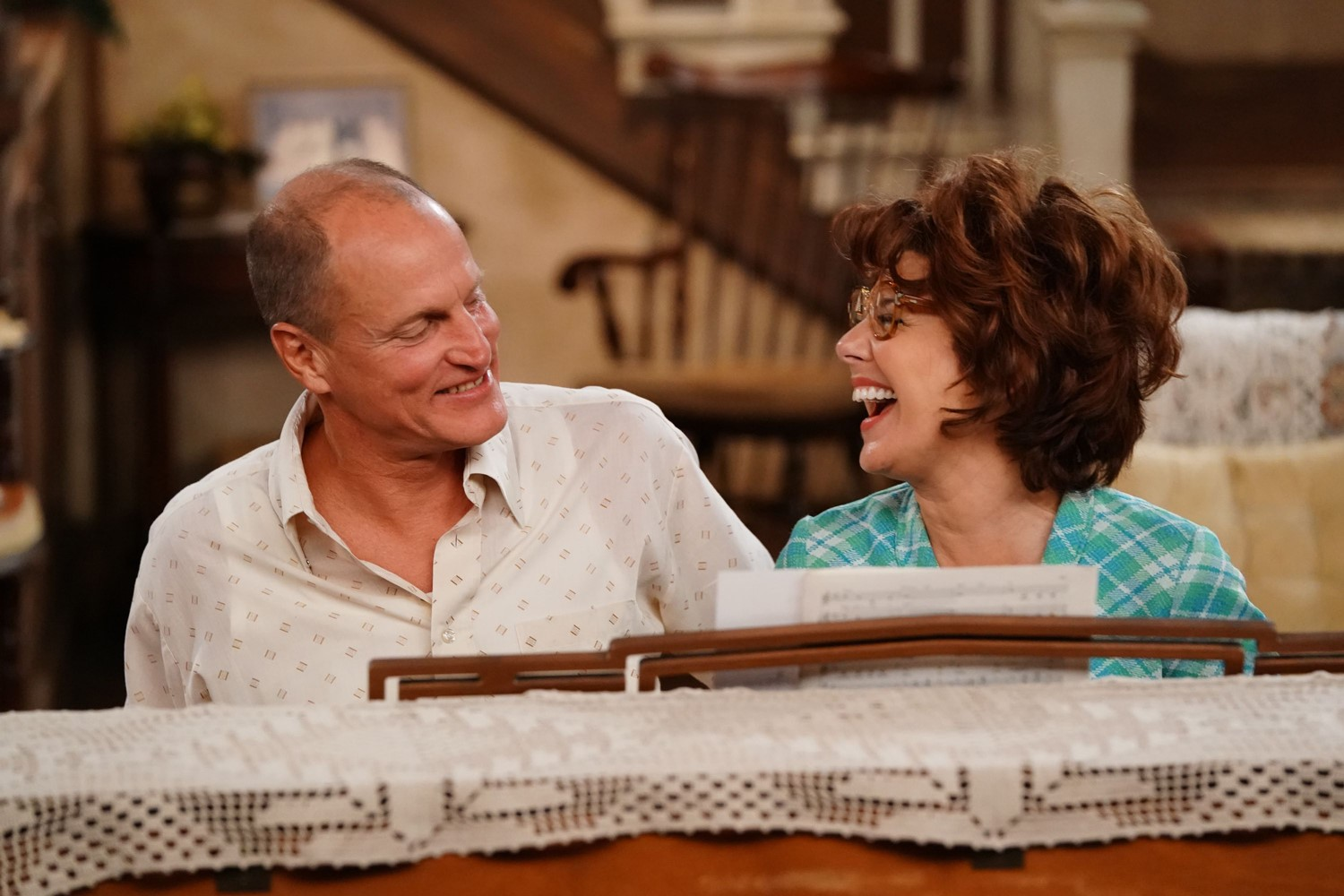 woody harrelson marisa tomei all in the family archie and edith bunker