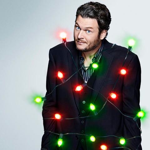 blake shelton christmas lights