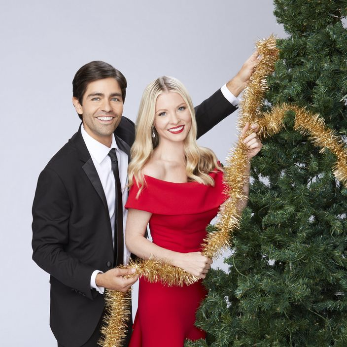 Adrian Grenier Kaitlin Doubleday hallmark christmas at graceland home for the holidays