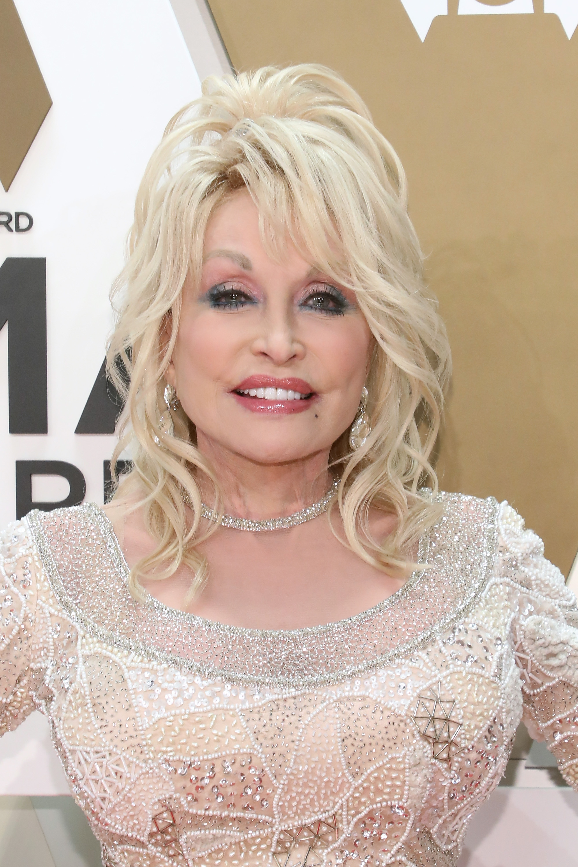 Dolly Parton Sings Faith-Based Songs At The 2019 CMA Awards