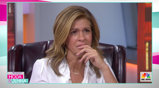 jamie lee curtis brings hoda kotb to tears