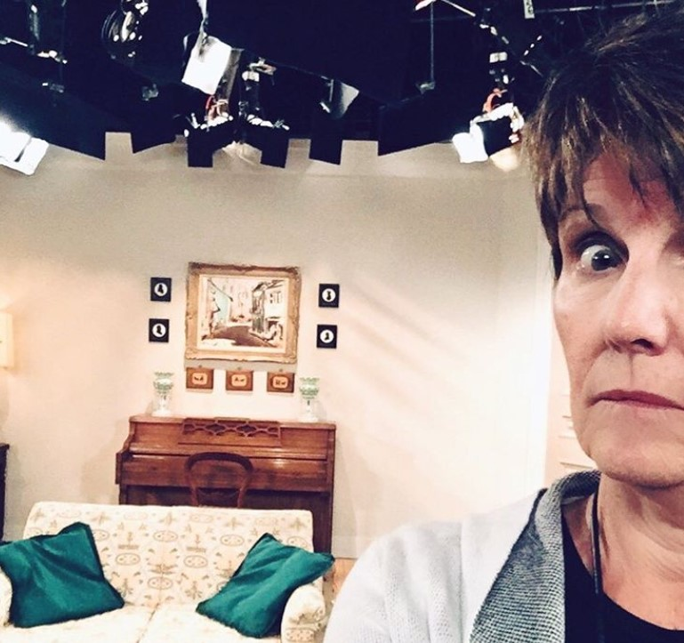 lucie arnaz on the set of will and grace