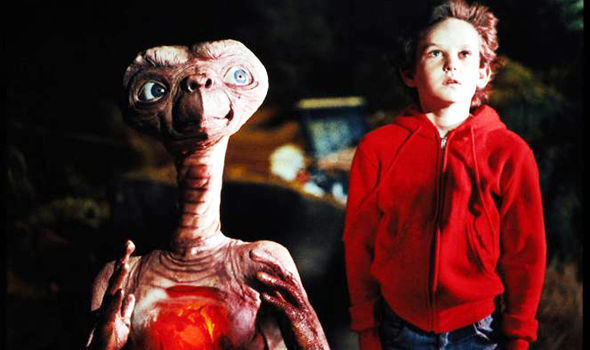 harrison ford had a cameo in ET that was cut