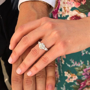 The ring worn by Princess Beatrice shows a return to diamonds