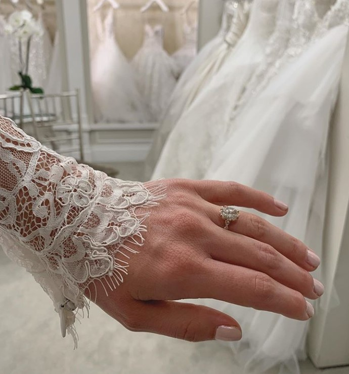bindi irwin ring and wedding dress sneak peek