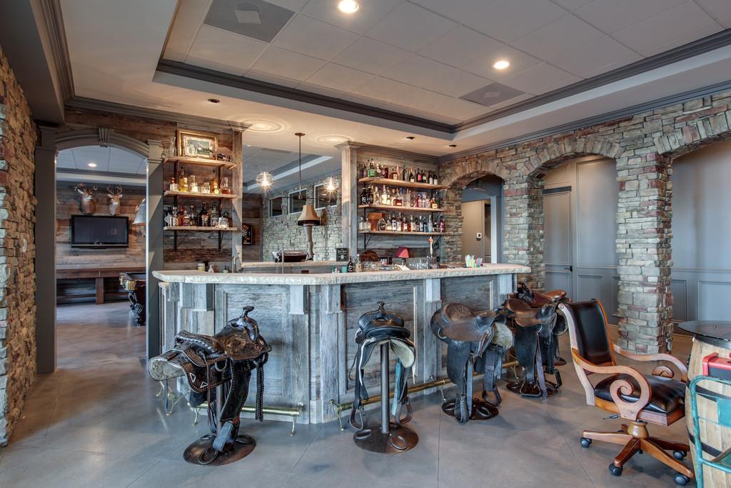 custom bar stools kelly clarkson house for sale