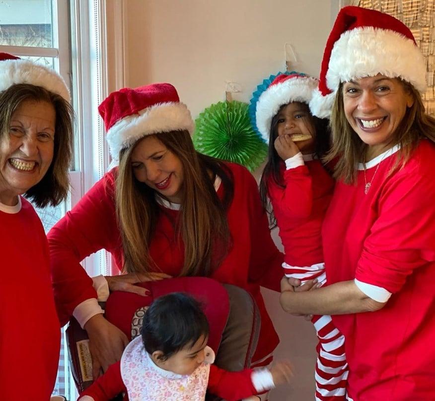 hoda kotb family santa hats