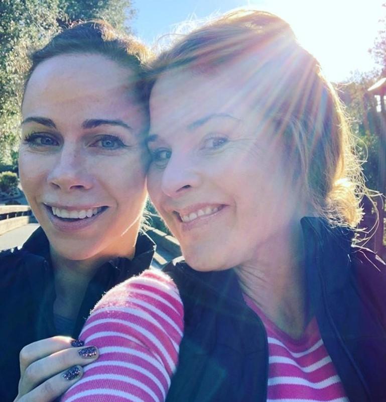 jenna bush hager and twin sister barbara