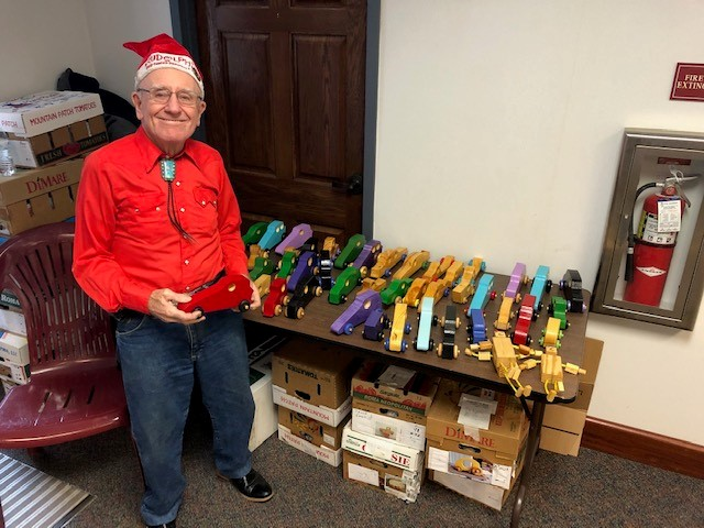 jim annis and wooden toys