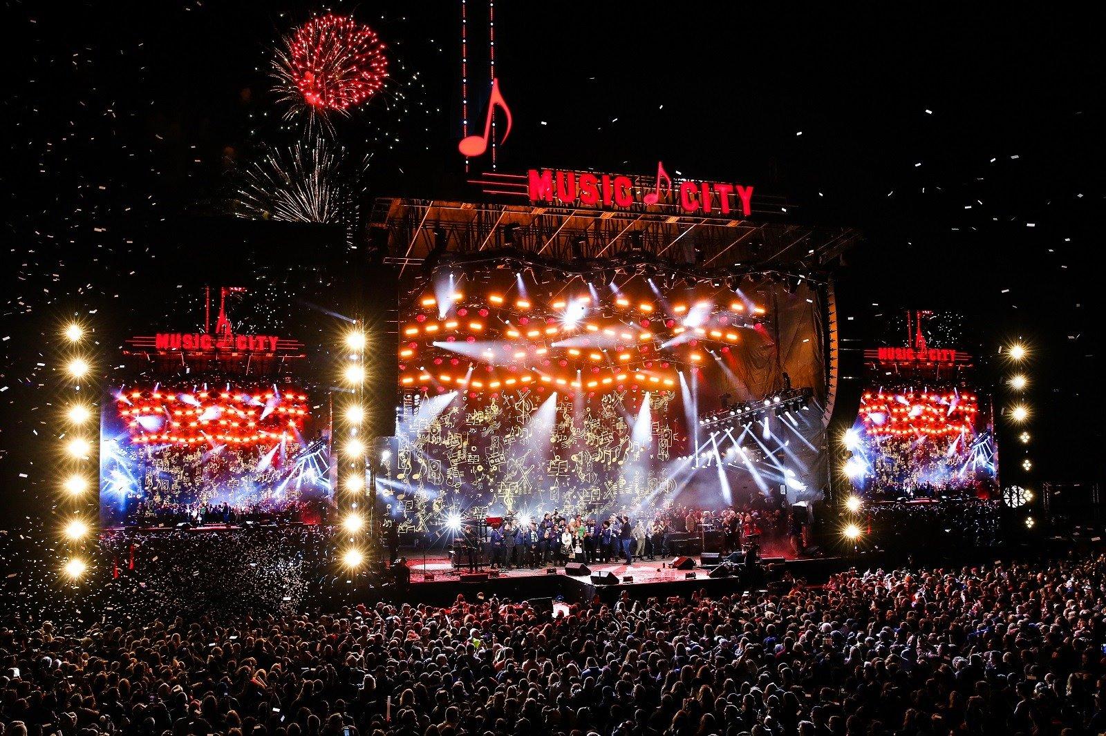 music city midnight nashville new years eve