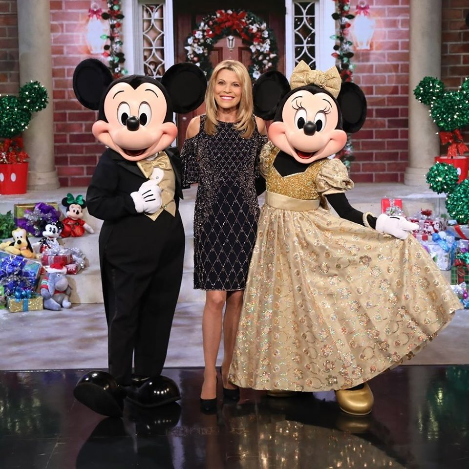 vanna white mickey and minnie mouse wheel of fortune