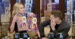 Kelly Ripa receives Donny and Marie Osmond dolls from a fan