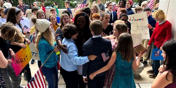 teacher becomes a US citizen with the help of her students