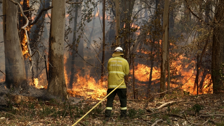 three US firefighters die in plane crash helping with australia bushfires