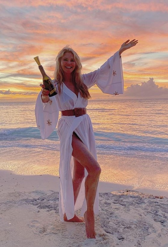 christie brinkley beach