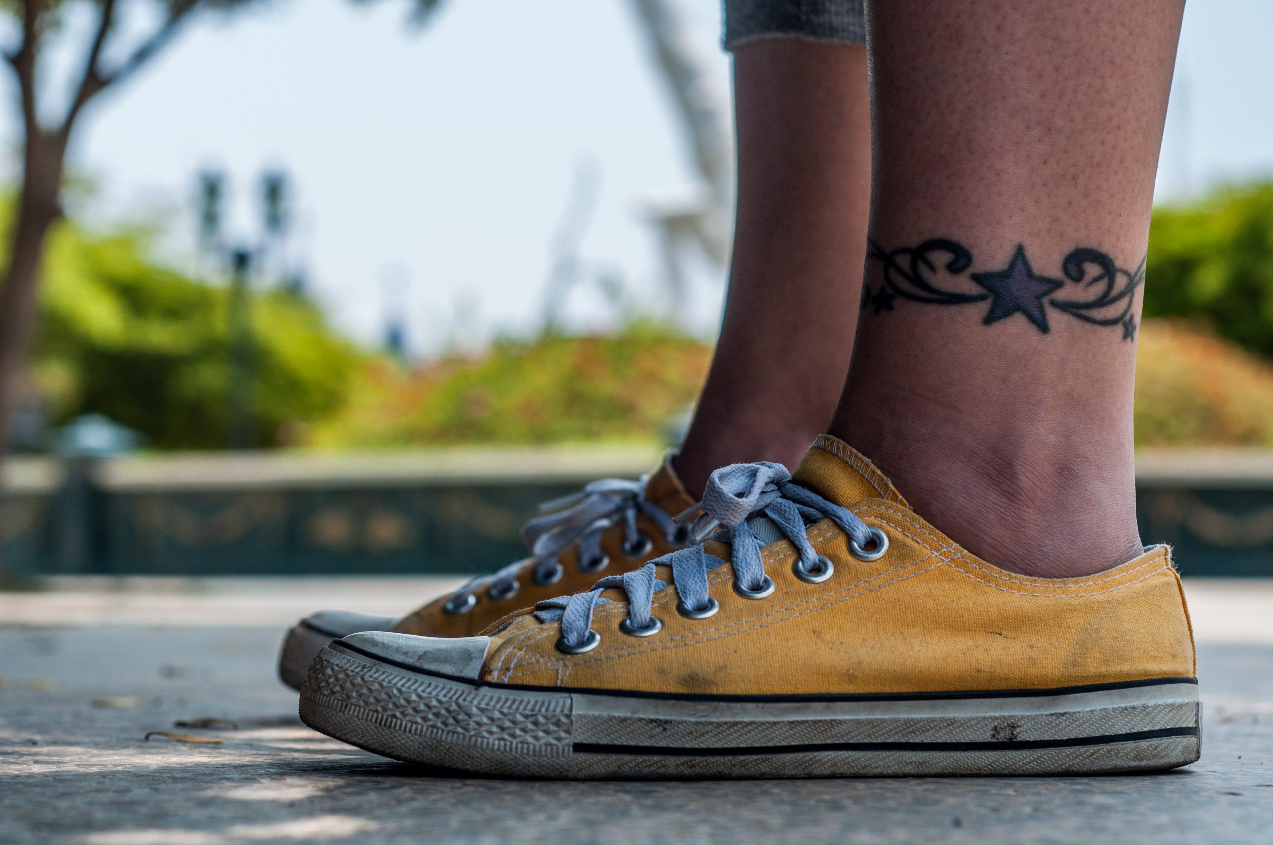 converse shoes chucks