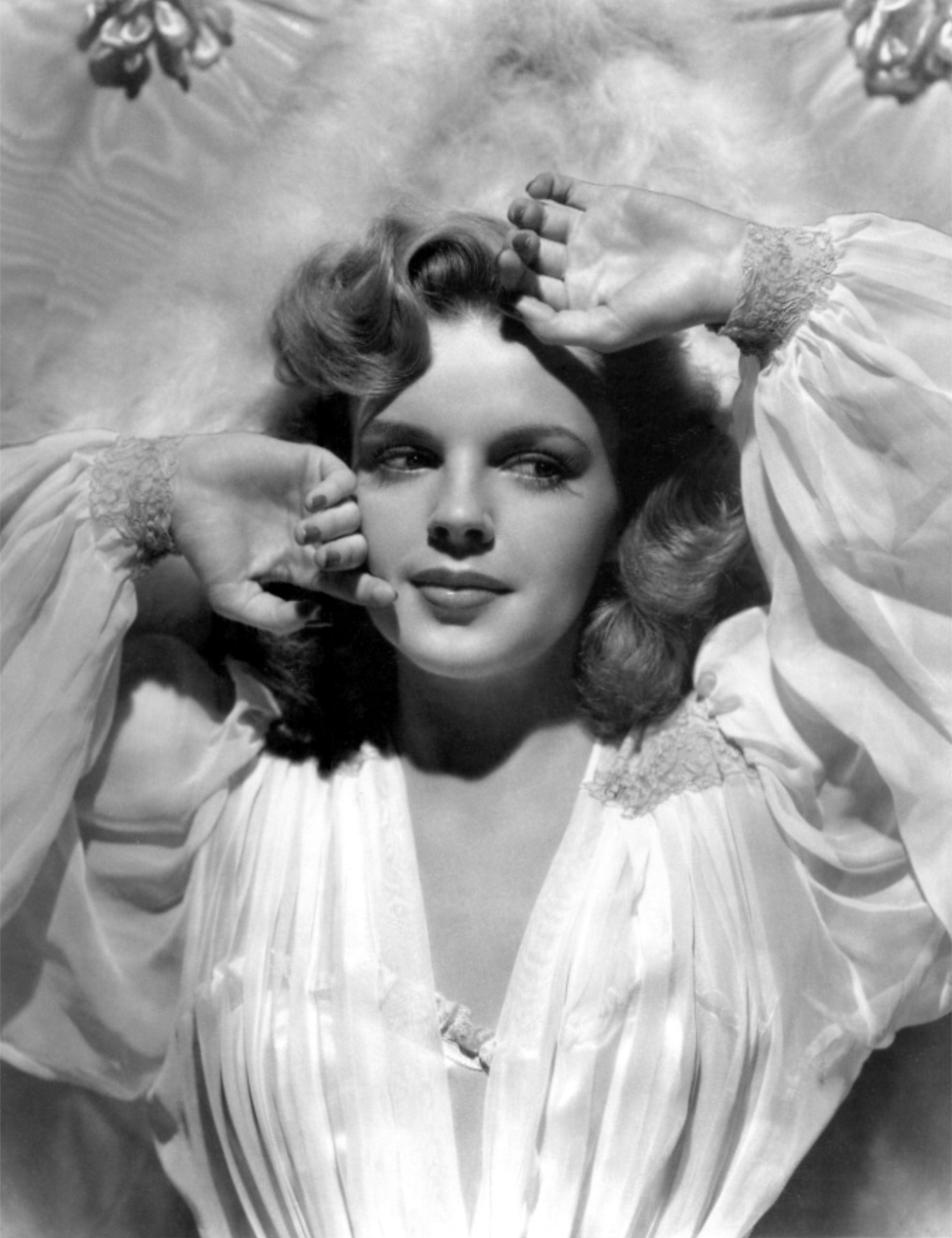 lucille ball talks about judy garland comedic abilities
