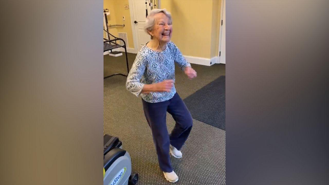 91-year-old julia lewis dancing to elvis presley