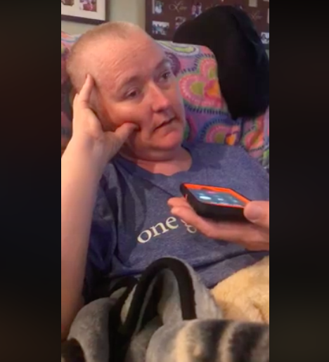 lisa tapley with terminal brain cancer gets phone call from reba mcentire