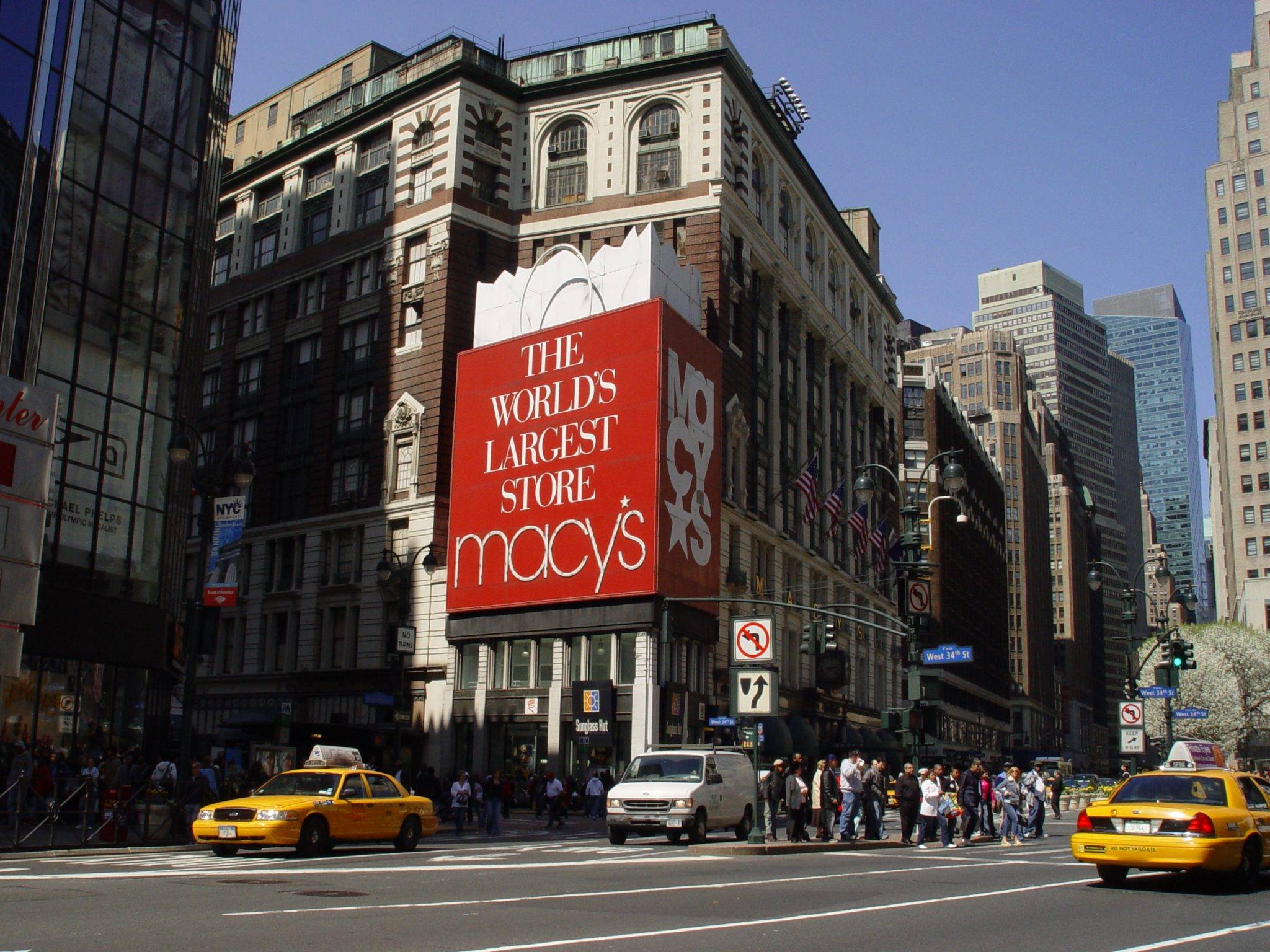 worlds largest macys store
