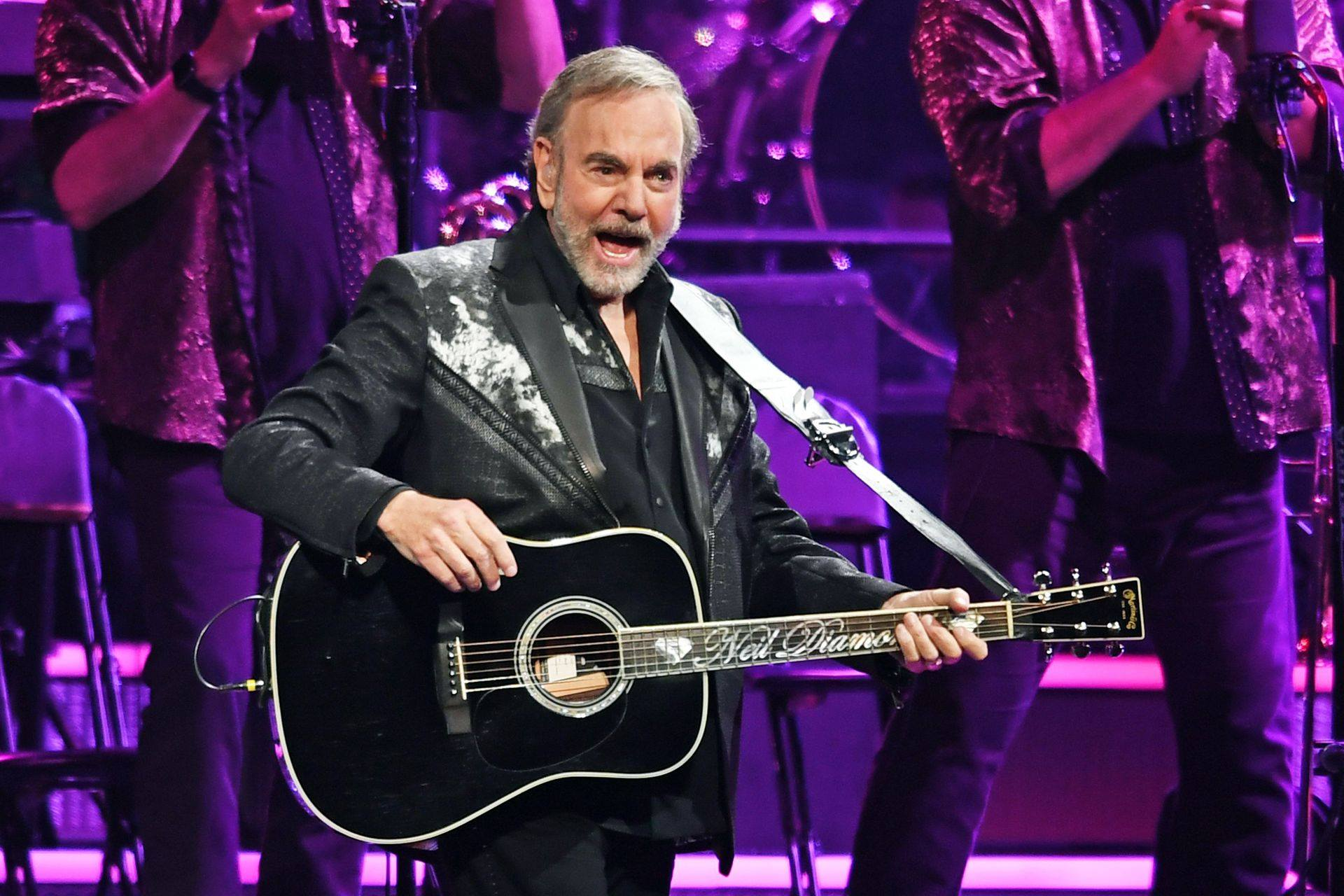 neil diamond performing