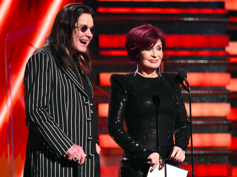 sharon osbourne reading rap songs at the grammy awards