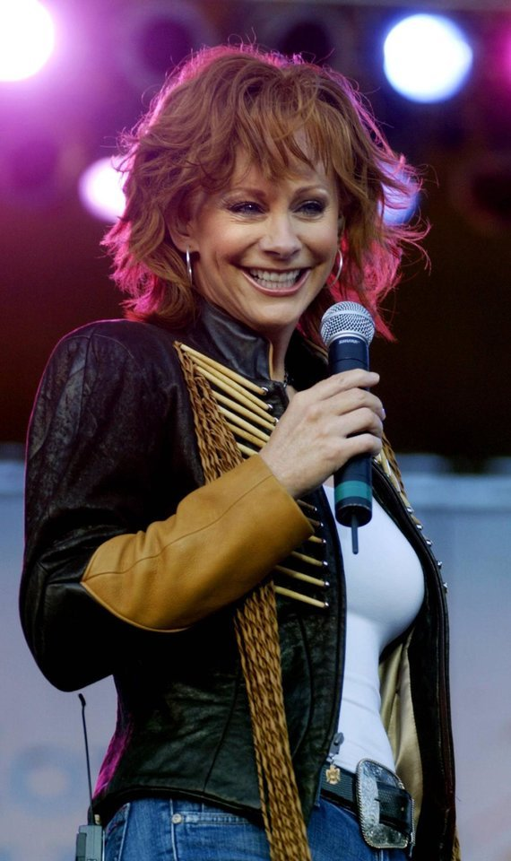 lisa tapley terminal cancer phone call from reba mcentire