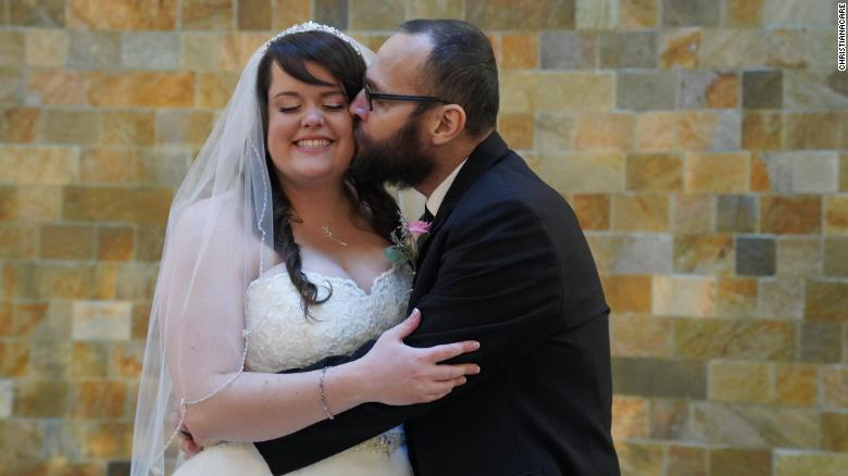 gus and rachel jimenez marry at hospital