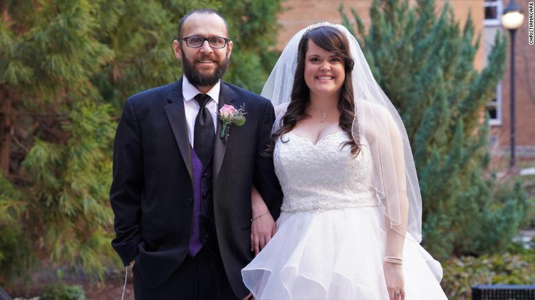 gus and rachel jimenez get married at hospital