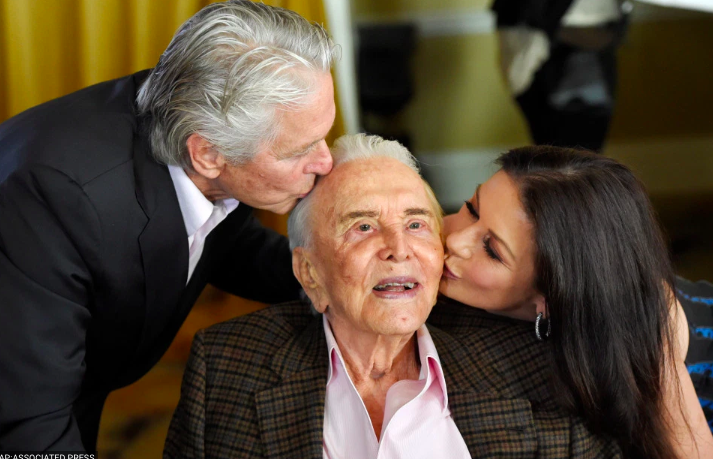 kirk douglas leaves $60M of fortune to charity