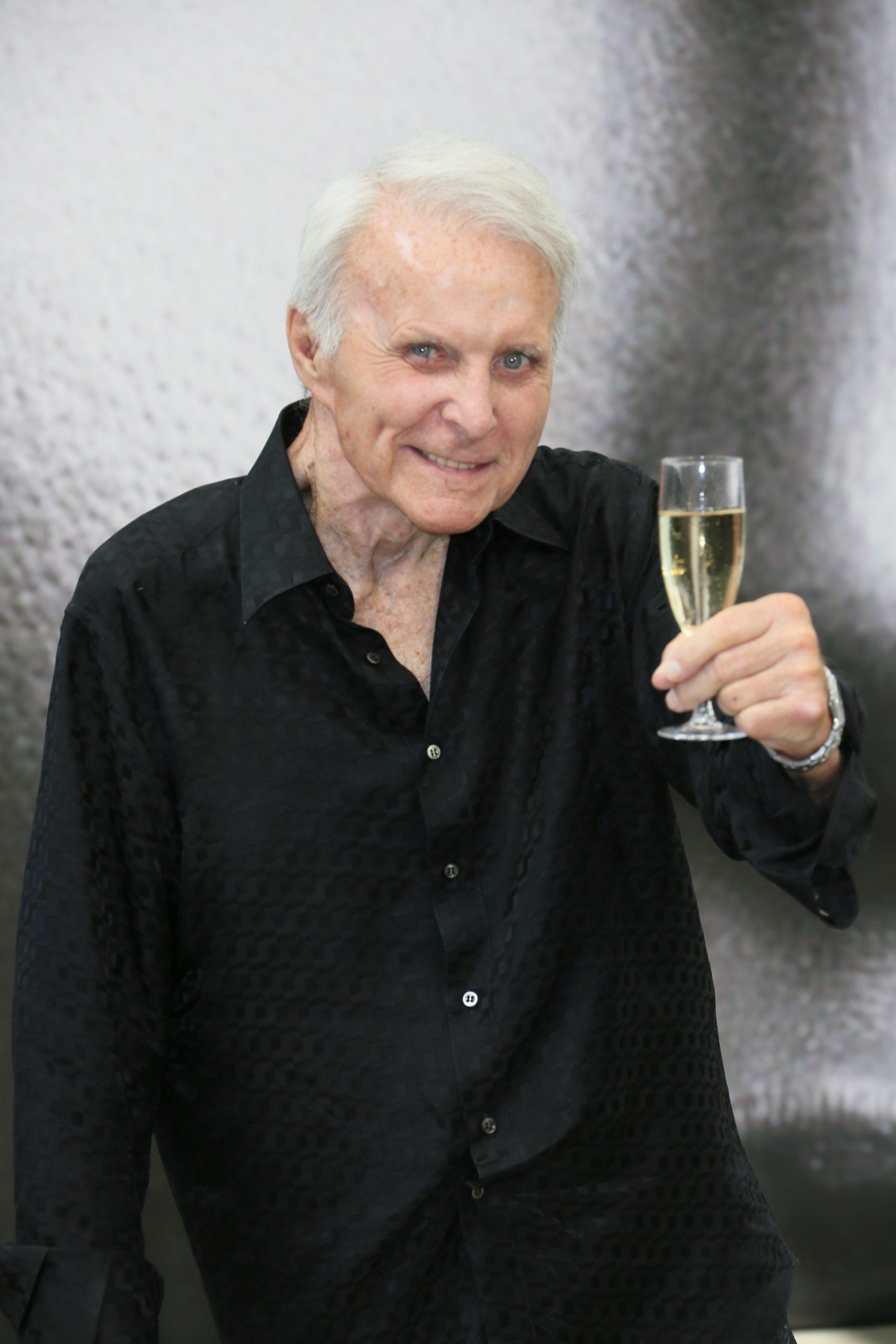 robert conrad drinking champagne