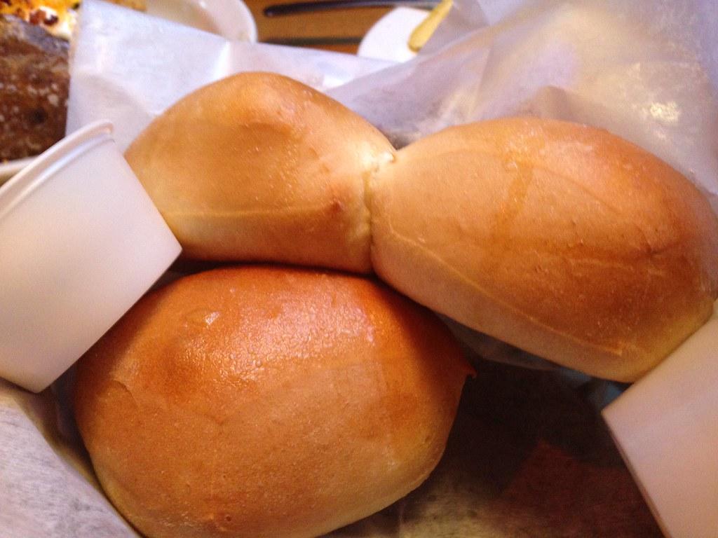 texas roadhouse yeast rolls