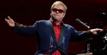 Elton John Hosting 'Living Room Concert' With Other Stars From Home