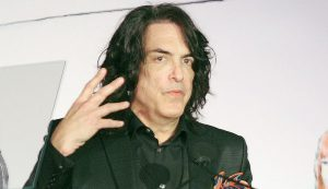 Kiss guitarist Paul Stanley is passing the time while on coronavirus lockdown