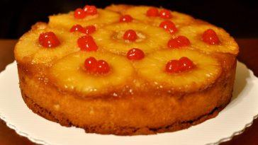 Make a vintage pineapple upside down cake at home
