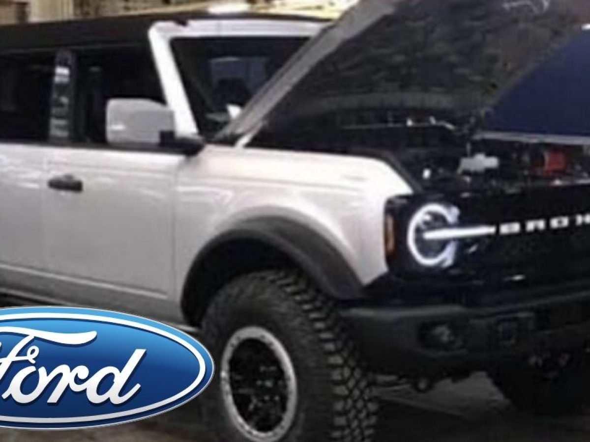 Latest Spy Shots Reveal 2021 Ford Bronco Interior Ford Bronco Genesis Gv80 Lead The Coolest Crossover Suvs