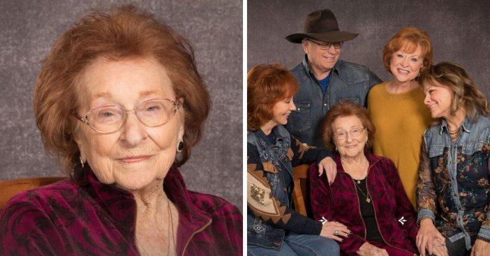 Reba McEntire mother funeral has been postponed due to coronavirus