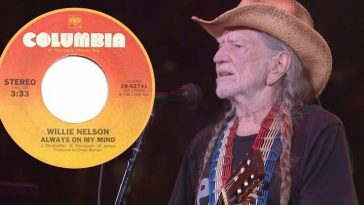 Willie Nelson Shed A Tear During Incredible Performance Of _Always On My Mind_