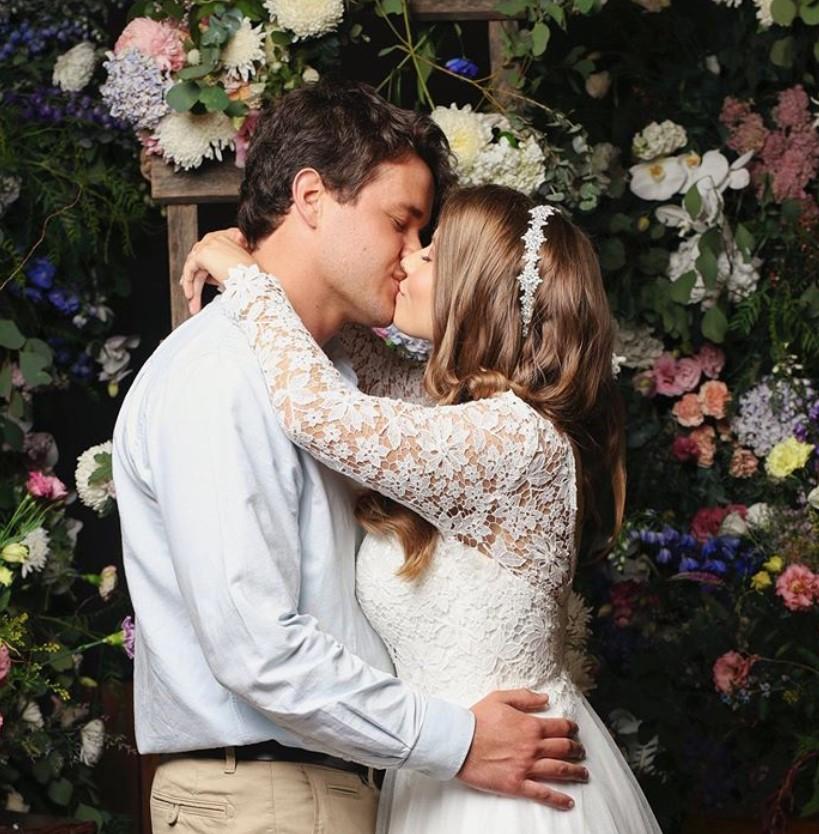 bindi irwin chandler powell wedding married
