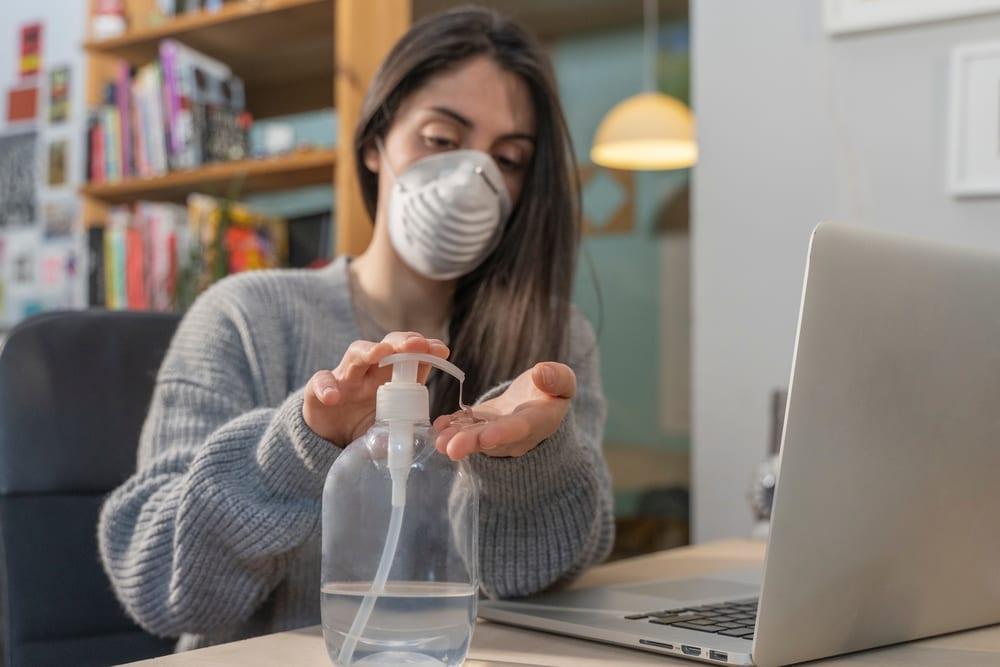 amazon hiring 100,000 new workers during coronavirus