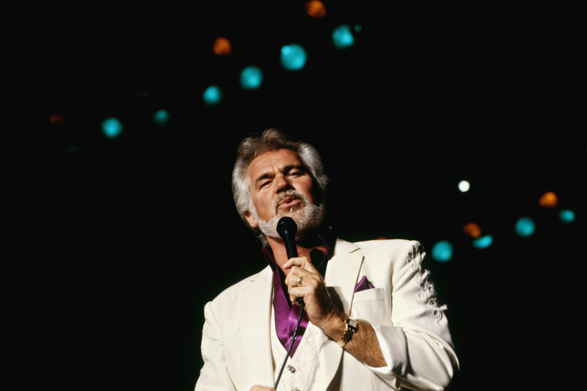 Breaking: Country Music Icon, Kenny Rogers, Dies At 81