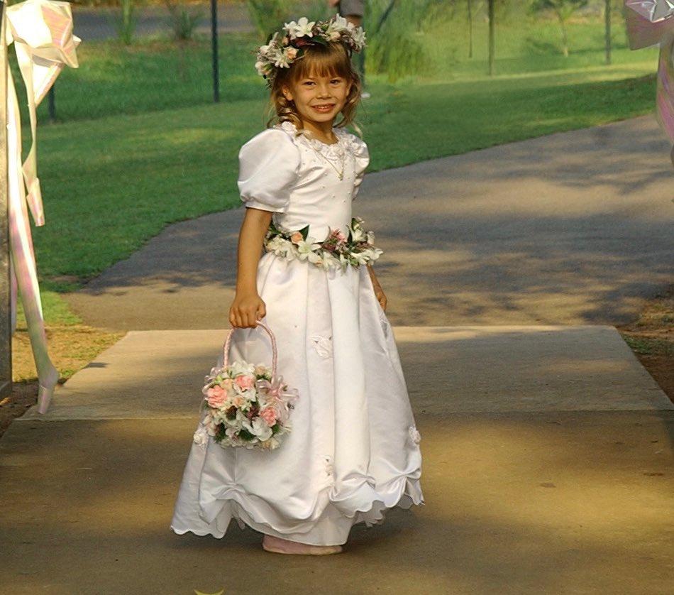 young bindi irwin flower girl