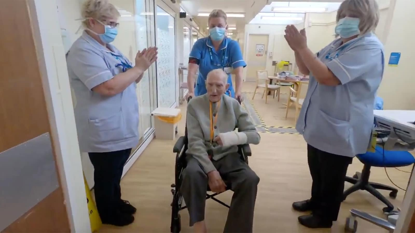99-year-old WWII vet albert chambers gets applause after beating coronavirus