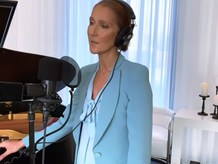celine dion performing the prayer