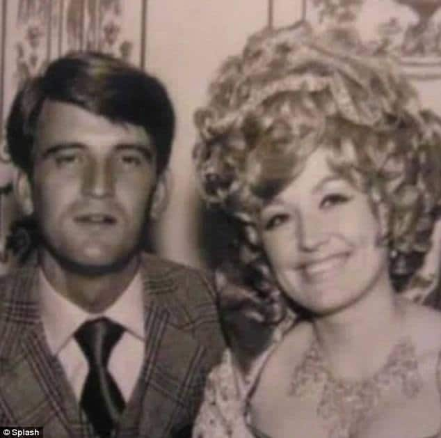 young dolly parton and carl dean