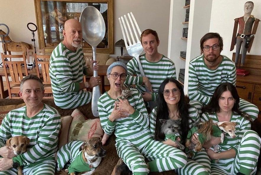 bruce willis demi moore family matching pajamas