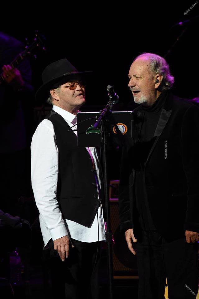 micky dolenz and mike nesmith performing the monkees