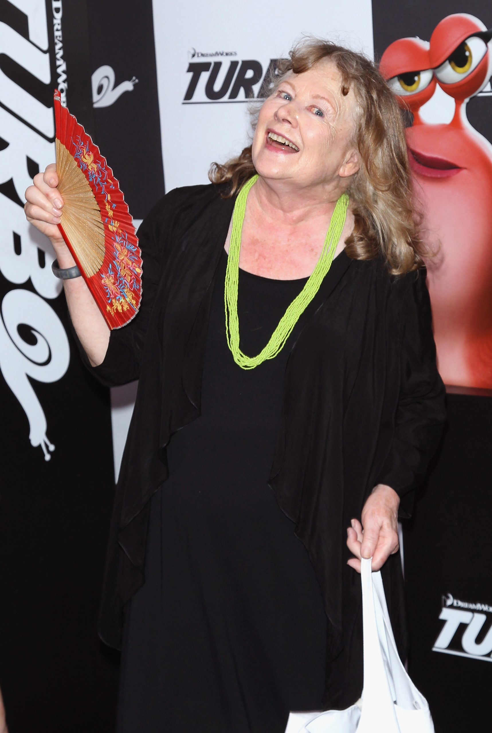 shirley knight at a movie premiere